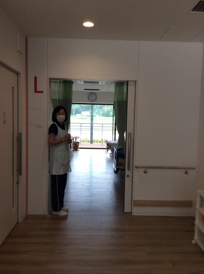 ⑨居室入り口IMG_4855 編集済み.png